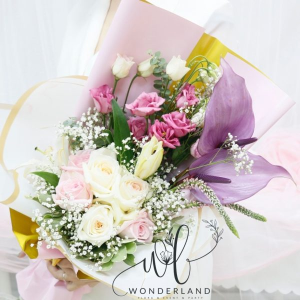 Elegant Rose Mix Online Dubai Flower Gift Shop