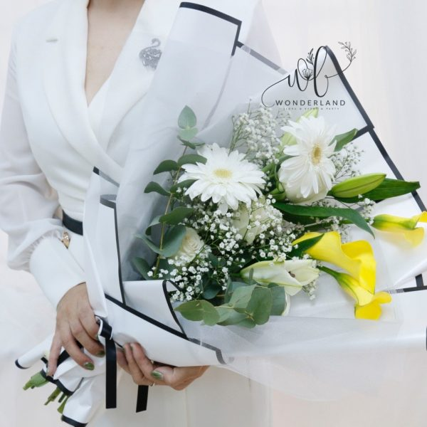 Elegant White - Flowers Gift Shop in Dubai - Order Online