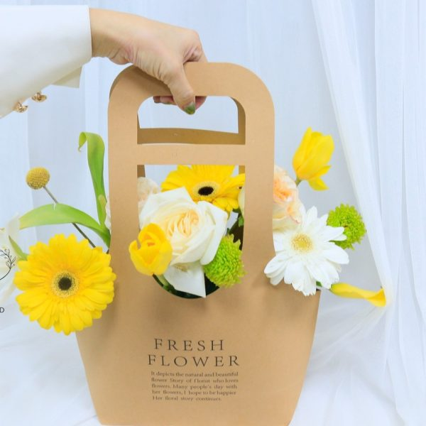 Friends Forever Friendship Flower Gift buy Online in Dubai